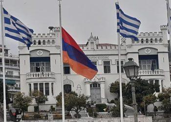 Ο Δήμος Καβάλας τιμά τη μνήμη των 1.500.000 θυμάτων της Γενοκτονίας των Αρμενίων το 1915 από την Τουρκία (φωτ.: Facebook/ Αρμενική Εθνική Επιτροπή Ελλάδος)