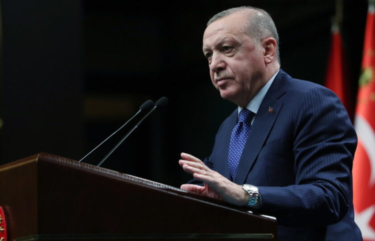 ( Φωτ.: ΑΠΕ-ΜΠΕ/ EPA/ Turkish President Press Office)