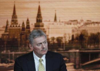 Ο εκπρόσωπος του Κρεμλίνου Ντμίτρι Πεσκόφ (φωτ.: EPA / Yuri kochetkov)