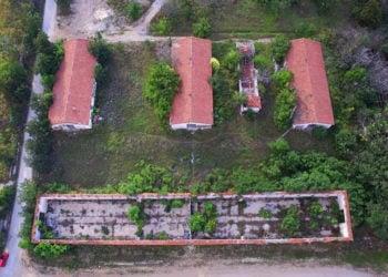 Τα κτήρια από ψηλά (φωτ.: Δήμος Παύλου Μελά)