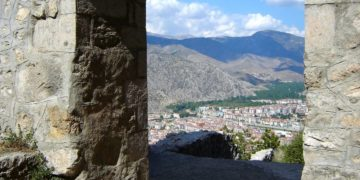 Άποψη της πόλης από το κάστρο (φωτ.: Θωμαΐς Κιζιρίδου)