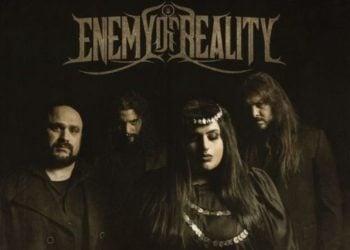 Το χέβι μέταλ γκρουπ Enemy of Reality διασκέδασε με σεβασμό το συγκλονιστικό ποντιακό τραγούδι «Την πατρίδα μ' έχασα»