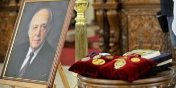 Εικόνα από την κηδεία του Βάσου Λυσσαρίδη, στον Ιερό Ναό της Του Θεού Σοφίας στη Λευκωσία (φωτ.: ΑΠΕ- ΜΠΕ/ ΡΙΟ/STR)