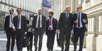 Διαπραγματευτές που συμμετέχουν στις συνομιλίες για το Κοινό Συνολικό Σχέδιο Δράσης για τα πυρηνικά του Ιράν (φωτ.: EPA / Christian Bruna)