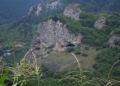Σπηλιά κοντά στο Bağışlı, όπως ονομάζεται σήμερα το χωριό Κουνάκα, στην Άνω Ματσούκα. Η παράδοση αναφέρει ότι αποικίστηκε από χριστιανούς Έλληνες της Συρίας (φωτ.: koylerim.com)