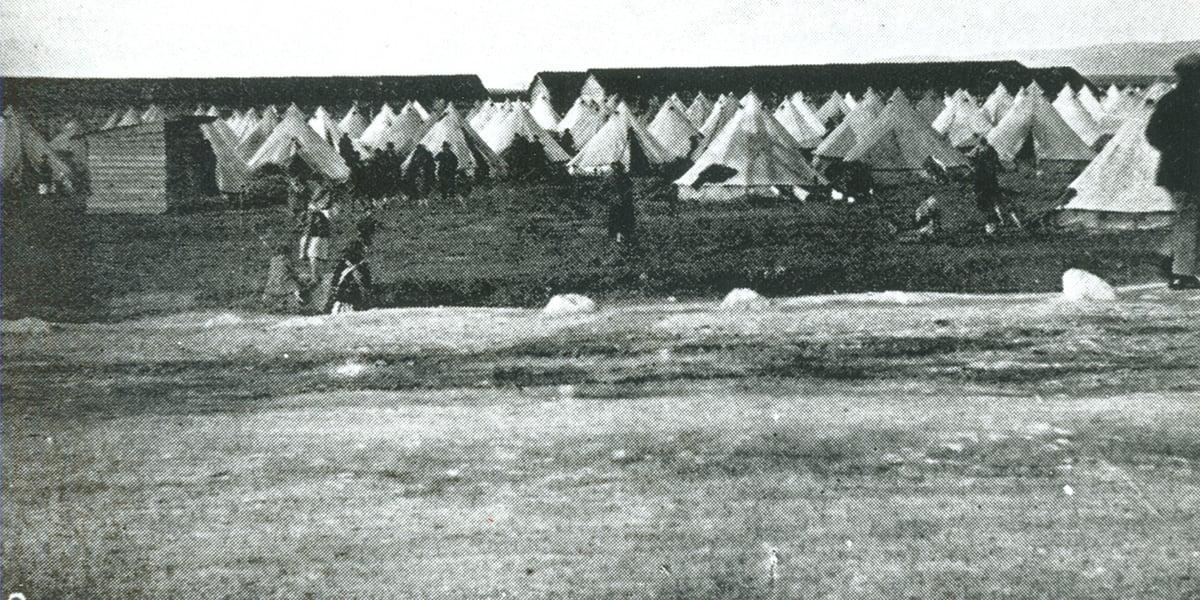 Σκηνές προσφύγων στην Καλαμαριά, το 1923 (πηγή: ΙΑΠΕ, Συλλογή Άννας Θεοφυλάκτου)