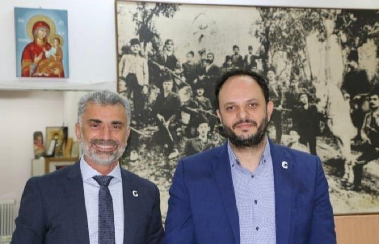 Ο πρόεδρος της ΠΟΕ Γιώργος Βαρυθυμιάδης με τον δήμαρχο Καλαμαριάς Ιωάννη Δαρδαμανέλη (φωτ.: ΠΟΕ)