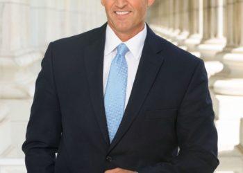 Τζεφ Φλέικ (Jeff Flake) ο νέος πρέσβης των ΗΠΑ στην Τουρκία (φωτό:Official senate)
