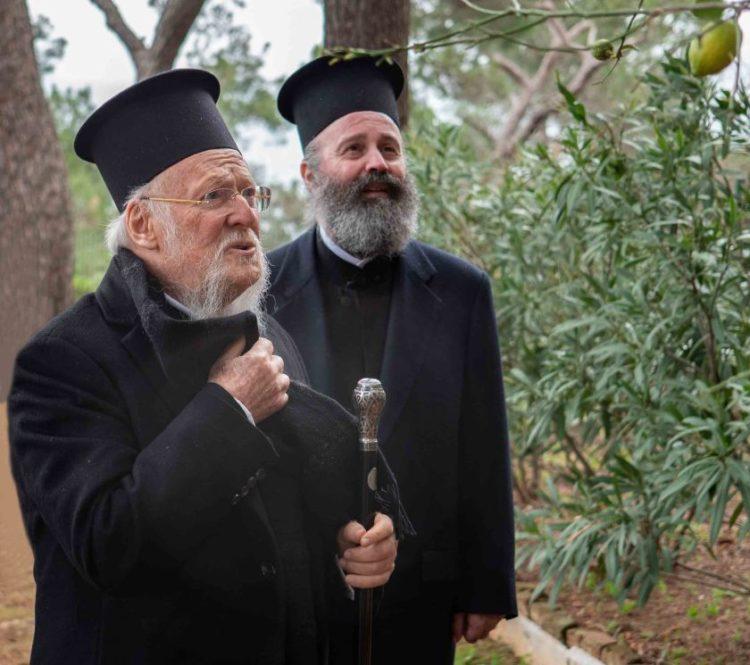 Ο Οικουμενικός Πατριάρχης Βαρθολομαίος με τον Αρχιεπίσκοπο Αυστραλίας Μακάριο (φωτό:Mark.Petropoulos/Australia)