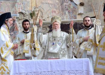 Ο Οικουμενικός Πατριάρχης στην Παναγία Σουμελά στον Πόντο τον Δεκαπενταύγουστο του 2013 (φωτ.: ΑΠΕ-ΜΠΕ / Δημήτρης Πανάγος)