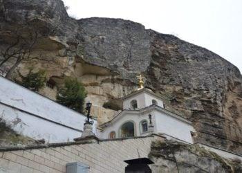 Το μοναστήρι της Κοιμήσεως της Θεοτόκου στην κεντρική Κριμαία. Έδρα τουΜητροπολίτη της Γοτθίας και Καφά πριν την έξοδο των Ελλήνων από την Κριμαία το 1778(φωτ.: Βασίλης Τσενκελίδης)