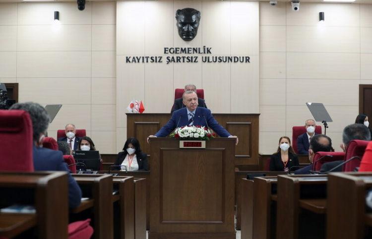 (Φωτ.: EPA/ Turkish President Press Office Handout)