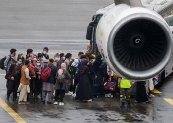 Μαζική αποχώρηση των ανθρώπων από το Αφγανιστάν (Φωτ.: amna.gr)