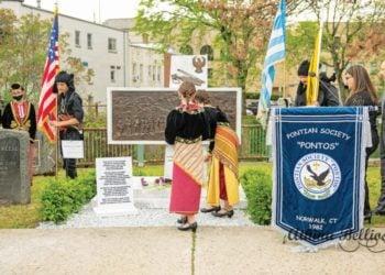 Στιγμιότυπο από τα εγκαίνια του μνημείου (φωτ.: Norwalk Pontos Pontian Society/ Facebook)