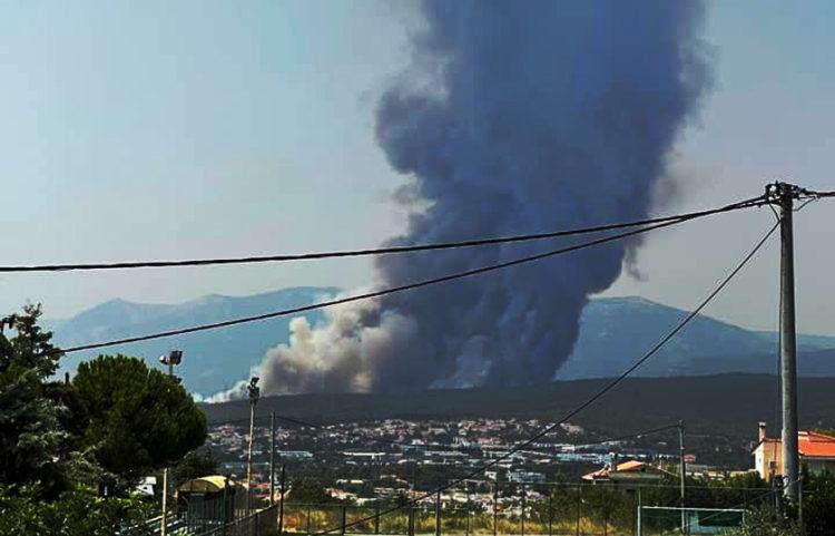 (Φωτ.: Facebook / Πυρκαγιά Ενημέρωση / Chris Kousidis)
