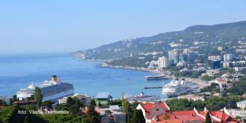 Το λιμάνι της Γιάλτας στην Κριμαία (φωτ.: Βασίλης Τσενκελίδης)