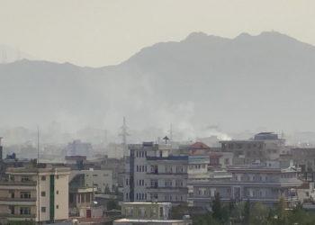 Από τη σημερινή έκρηξη στην Καμπούλ (EPA/ Stringer)