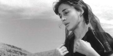 Η Έλλη Λαμπέτη στο «Το Κορίτσι Με Τα Μαύρα», το 1956 (φωτ.: facebook.com/ellielambeti)