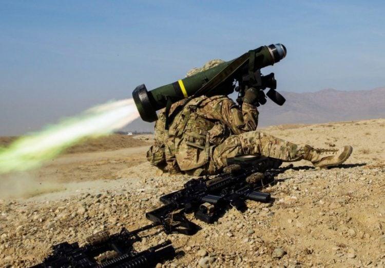 Στη στρατιωτική βοήθεια περιλαμβάνονται και πύραυλοι Javelin (φωτ.: nationalinterest.org)