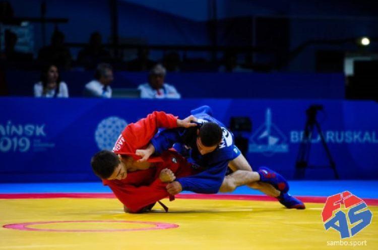 Στιγμιότυπο από αγώνα του αθλητή Σάββα Καρακιζίδη που πήρε το χρυσό μετάλλιο στην κατηγορία των -64kg, στο Παγκόσμιο Κύπελλο Σάμπο «President Cup», στην Αγία Πετρούπολη (φωτ.: hskf.gr)
