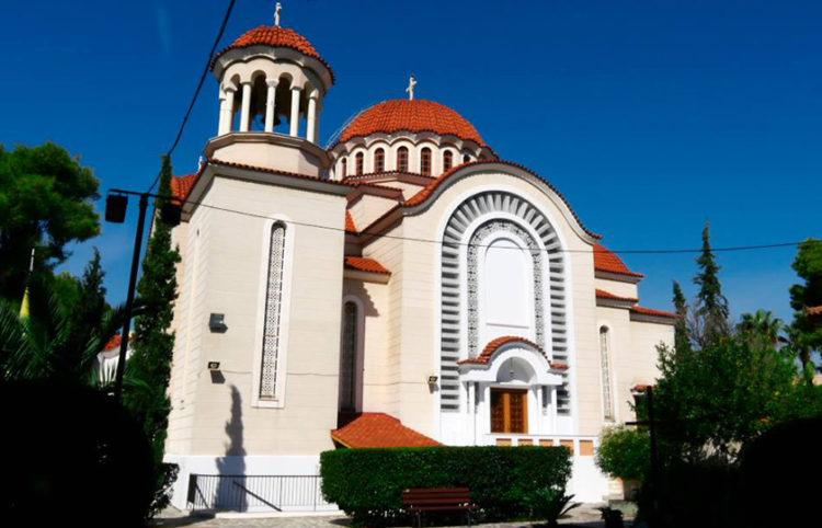 Ναός Αγίων Αποστόλων Πέτρου και Παύλου Πεύκης(πηγή: Facebook)