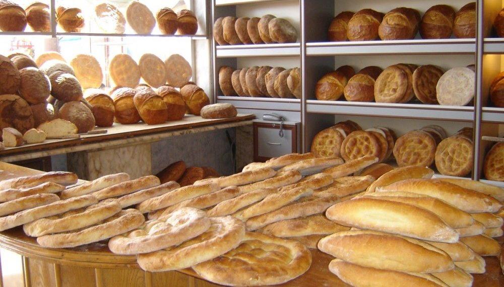 Ποικιλία ψωμιών σε φούρνο της Τραπεζούντας (φωτ.: Θωμαΐς Κιζιρίδου)