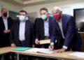 Ο Γιώργος Παπανδρέου μετέβη στα γραφεία του ΚΙΝΑΛ όπου υπέβαλε την υποψηφιότητά του για την ηγεσία του κόμματος (φωτ.: ΑΠΕ-ΜΠΕ/ Γιώργος Βιτσαράς)